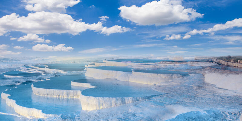 Natural Travertine Pools and Terraces in Pamukkale, Turkey (Photo: muratart/Shutterstock)