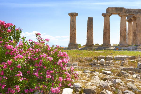Ruins of the Temple of Apollo, Corinth, Peloponnese, Greece (Photo: John_Walker/Shutterstock)