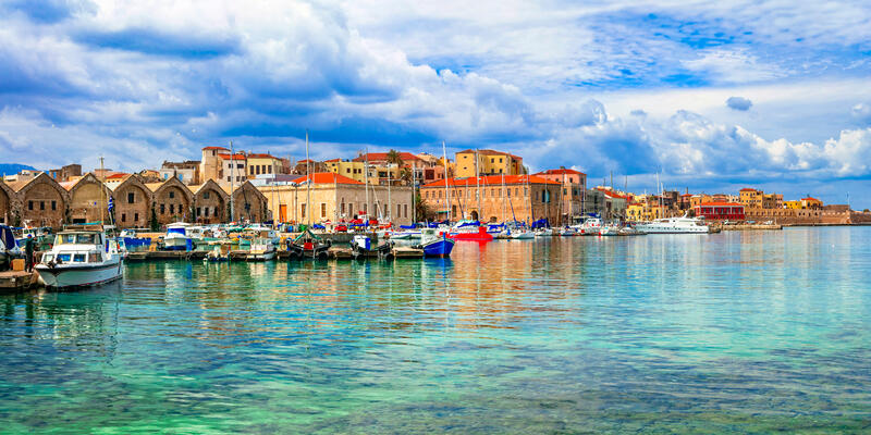 Chania Harbor, Crete Island, Greece (Photo: leoks/Shutterstock)