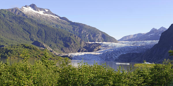 Tongass National Forest, Alaska (Photo: robert cicchetti/Shutterstock)