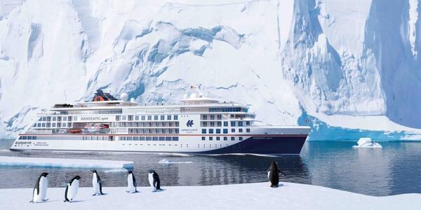 Hanseatic Spirit (Photo: Hapag-Lloyd Cruises)