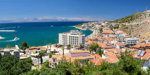 Cesme, Turkey (Photo: Lefteris Papaulakis/Shutterstock)