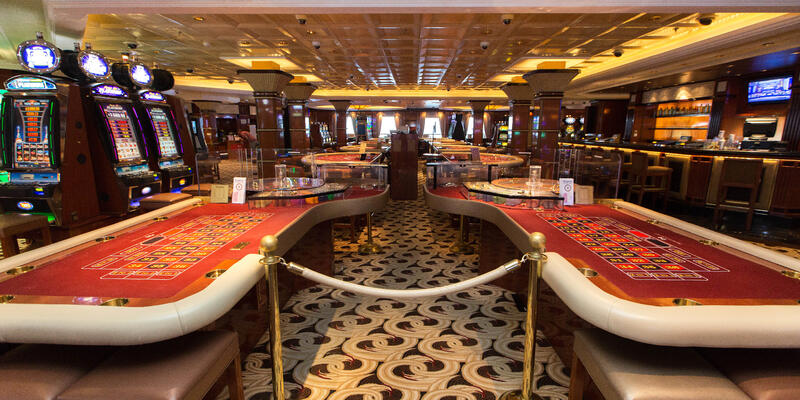 Grand Casino on Caribbean Princess (Photo: Cruise Critic)