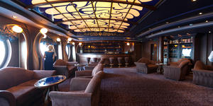 The Cigar Lounge on MSC Divina (Photo: Cruise Critic)