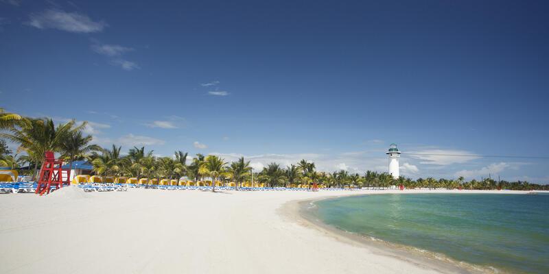 Harvest Caye Beach (Photo: Norwegian Cruise Line)