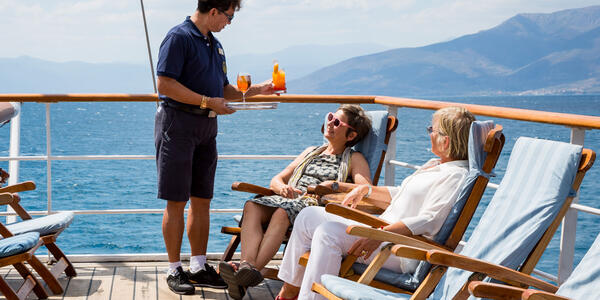Drinks Being Served on Sea Cloud (Photo: Sea Cloud Cruises)