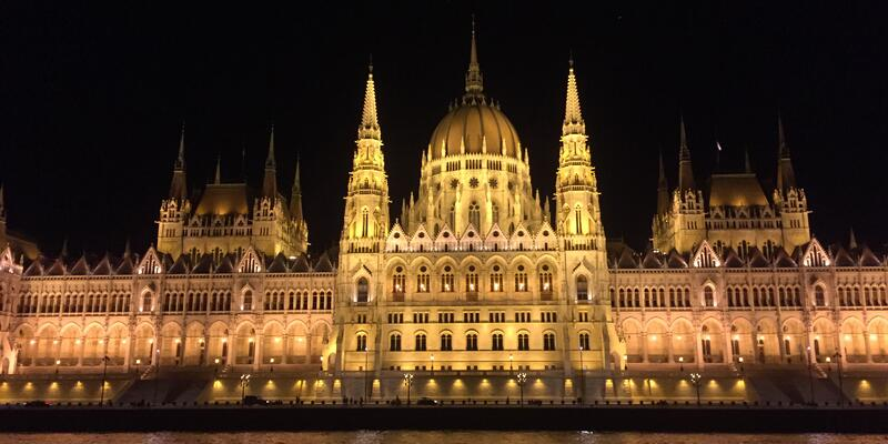 The Hungarian Parliament Building and the Danube River, Hungary (Photo: Adam Coulter/Cruise Critic)