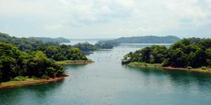 Landscape of the Panama Canal, view on the Gatun Lake Islands (Photo: Mariusz Bugno/Shutterstock)