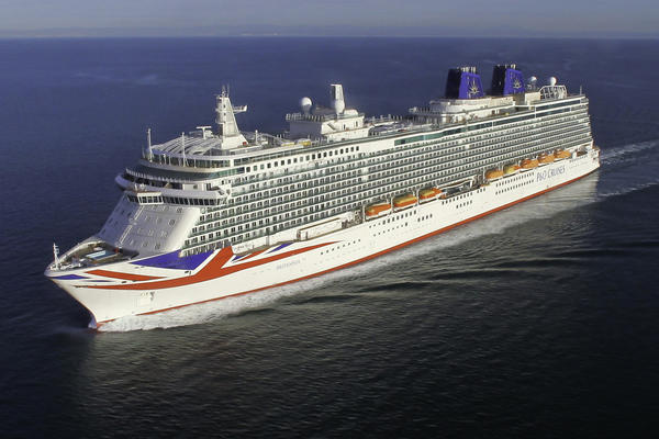 P&O Cruises vs Royal Caribbean (Photo: P&O Cruises | Royal Caribbean)