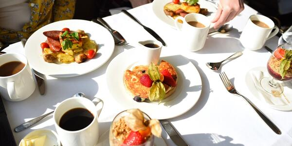 Breakfast in the Dining Carriage (Photo: Christina Janansky/Cruise Critic)
