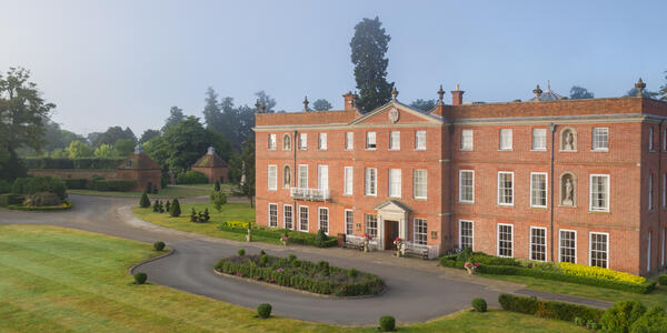 Exterior of Four Seasons Hotel Hampshire