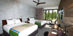 Double Queen Room in the McKinley Chalet Resort in Denali (Photo: Holland America Line)