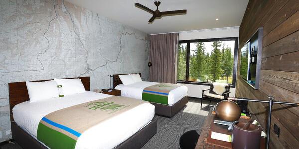 Double Queen Room in the McKinley Chalet Resort in Denali (Photo: Holland America Line)