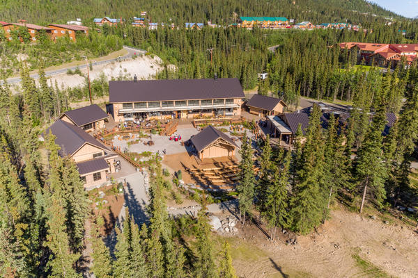 Aerial view of the new Ridgeview Building of the McKinley Chalet Resort in Denali (Photo: Holland America)