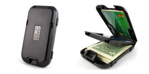 Flipside Wallets New RFID Blocking Flipside 4 Wallet (Photo: Amazon)