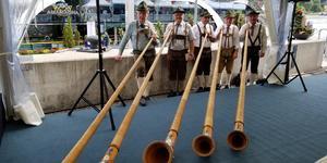 Alpenhorns (Photo: Colleen McDaniel)
