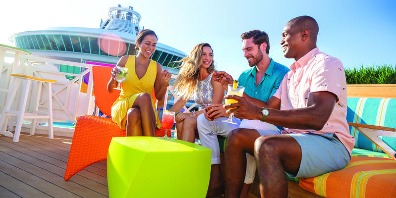 How to Make Friends on a Cruise (Photo: Royal Caribbean International)