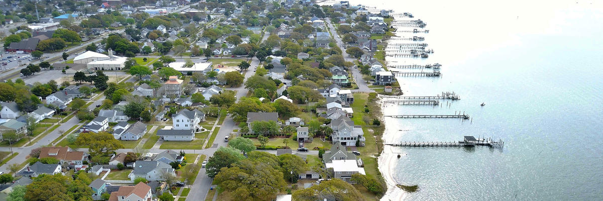 Morehead City, North Carolina with Resident Houses and Piers Nearby (Photo: RAGCAM/Shutterstock)