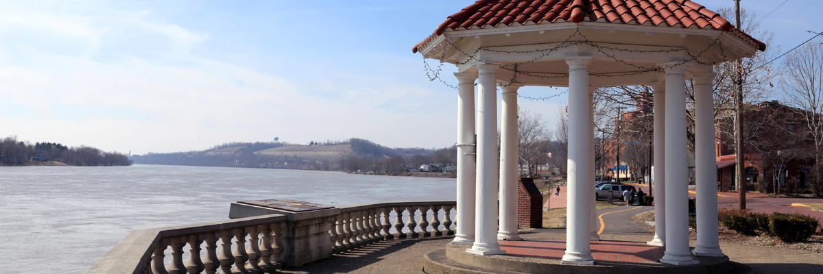 Marietta, Ohio, Showcasing a Gazebo and the Shoreline (Photo: Chubykin Arkady/Shutterstock)