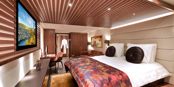 Suite on AmaWaterways AmaMagna (photo via AmaWaterways)