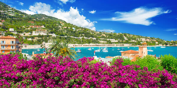 The French Riviera, Luxury Resort and Bay of Villefranche-sur-Mer near Nice and Monaco (Photo: LiliGraphie/Shutterstock)
