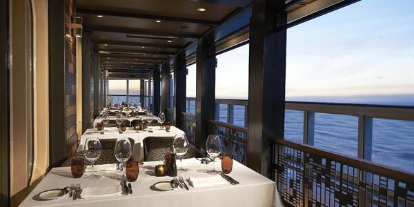 Cagney's Steakhouse on Norwegian Bliss (Photo: Norwegian Cruise Line)
