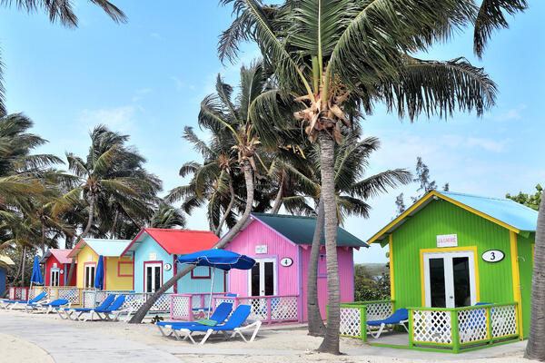 Princess Cays Bungalow Rentals (Photo: CathyRL/Shutterstock)