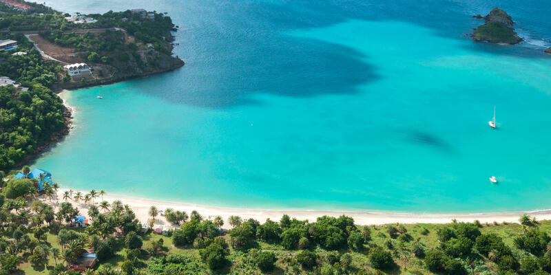 The Caribbean Island Antigua, View from Above (Photo: Angela Rohde/Shutterstock)