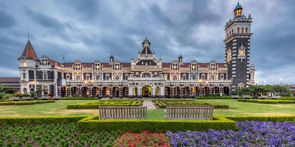 Historic Dunedin Railway Station at South Island of New Zealand (Photo: Ruslan Kalnitsky/Shutterstock)