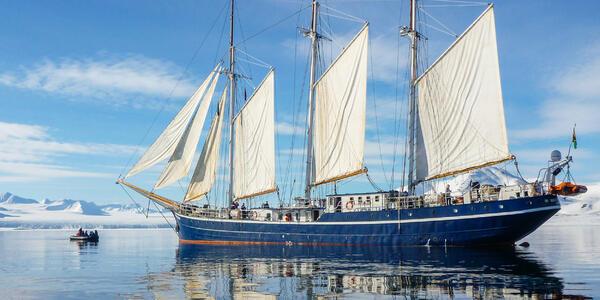 Rembrandt van Rijn (Photo: Oceanwide Expeditions)