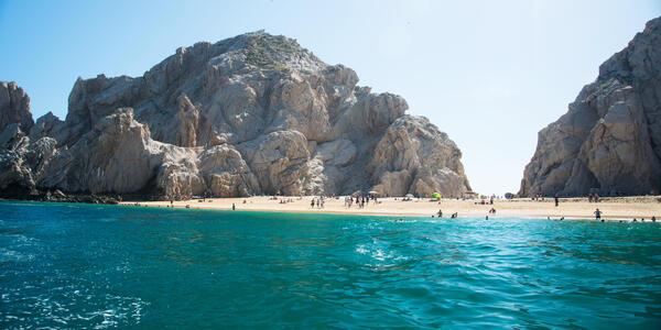 Cabo San Lucas, Mexico (Photo: Anna Hoychuk/Shutterstock)