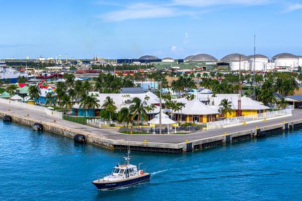 Freeport, Grand Bahama, Bahamas (Photo: BobNoah/Shutterstock)