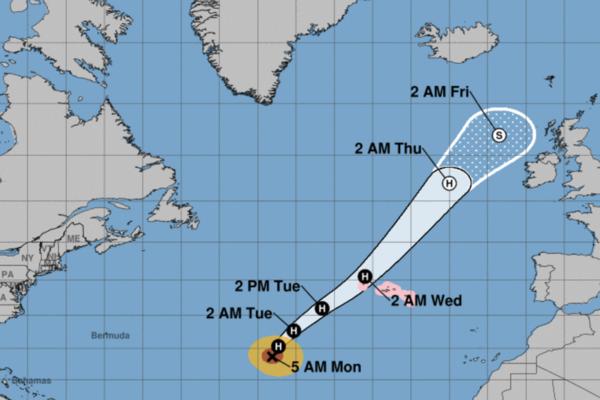 Predicted path of Hurricane Lorenzo (Photo: NOAA)
