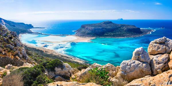 Greek Islands, Balos Bay in Crete Island  (Photo: leoks/Shutterstock)