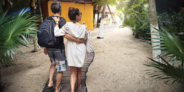 Couple heading to Bungalow on Princess Cays (Photo: Princess Cruises)
