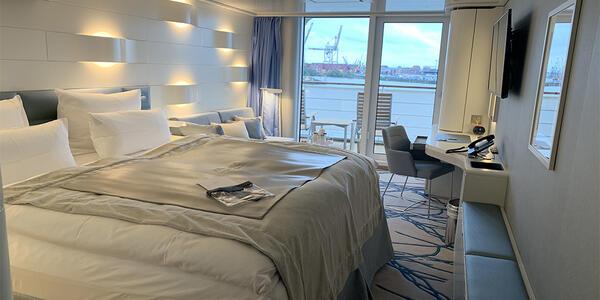 The Cabin on Hanseatic Inspiration (Photo: Kim Foley MacKinnon/Cruise Critic)