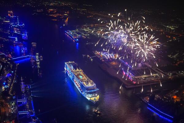 MSC Grandiosa helicopter image fireworks christening Hamburg