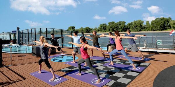 Yoga on AmaWaterways (Photo: AmaWaterways Cruises)
