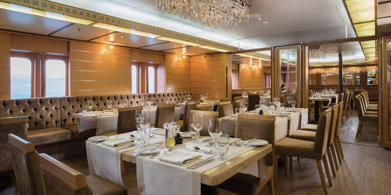 Main dining room on Silver Galapagos (Photo: Silversea Cruises)