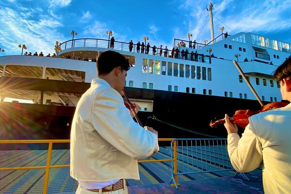 Cruise & Maritime Voyages Astoria in Puerto Peñasco (Photo: Laura Bly)