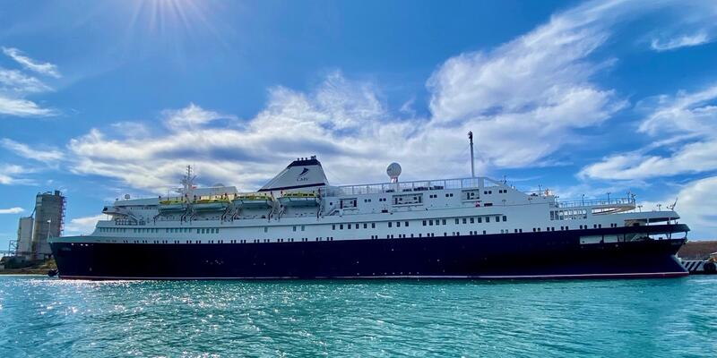 MV Astoria (Photo: Laura Bly)
