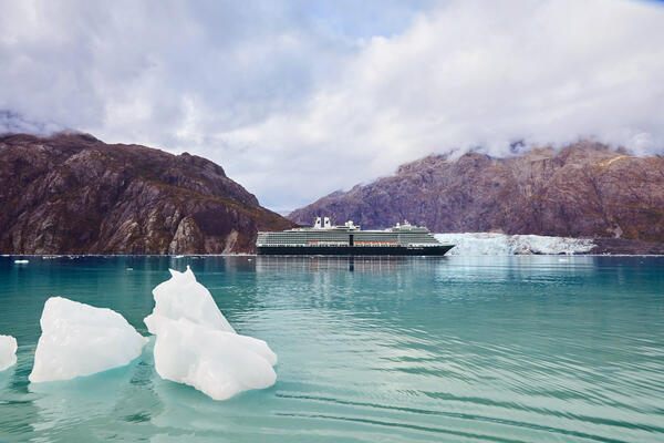 Exploring Alaska with Holland America Line (Photo: Holland America Line)