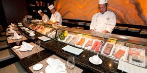 Umi Uma & Sushi Bar on Crystal Symphony (Photo: Cruise Critic)