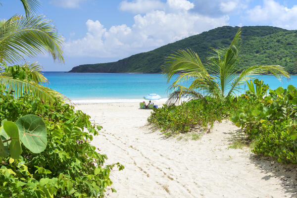 Flamenco Beach, Culebra, Puerto Rico (Photo: Chad Zuber/Shutterstock)