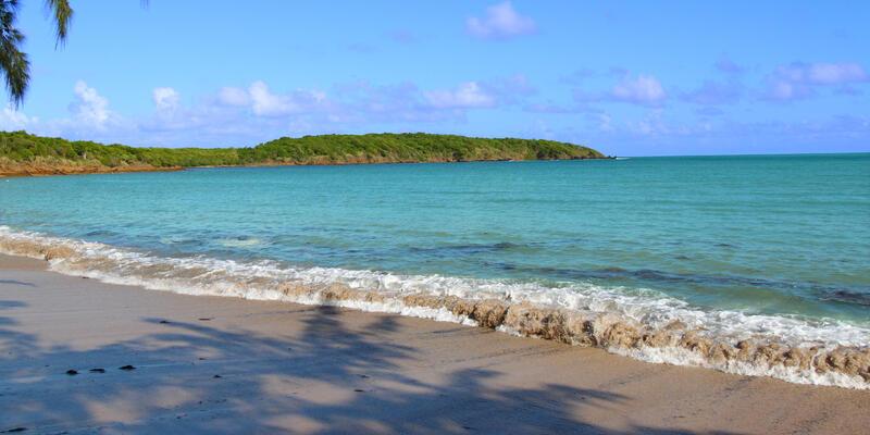 Seven Seas Beach near Fajardo in Puerto Rico (Photo: Jason Patrick Ross/Shutterstock)