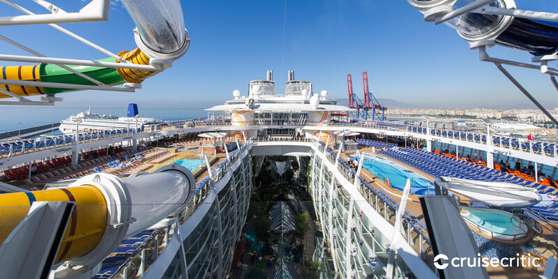 Zoom Background: The Perfect Storm on Harmony of the Seas (Photo: Cruise Critic)