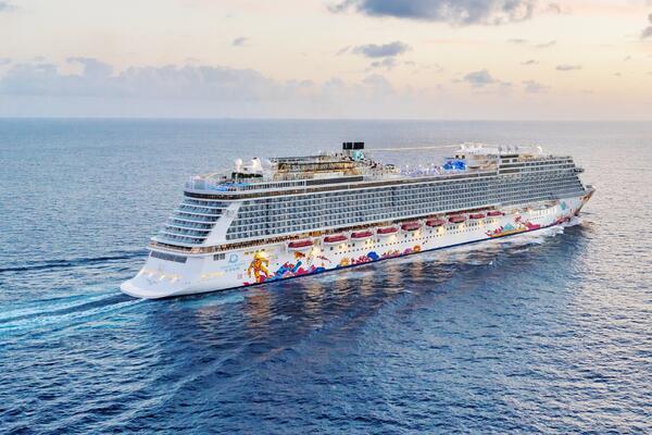 Genting Dream (Photo: Dream Cruise Line)