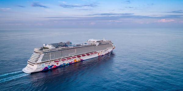 World Dream (Photo: Dream Cruise Line)