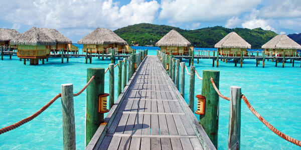 Bora Bora (Photo: wilar/Shutterstock)