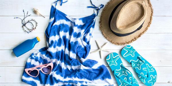 Womens Summer Outfit (Photo: kitzcorner/Shutterstock)